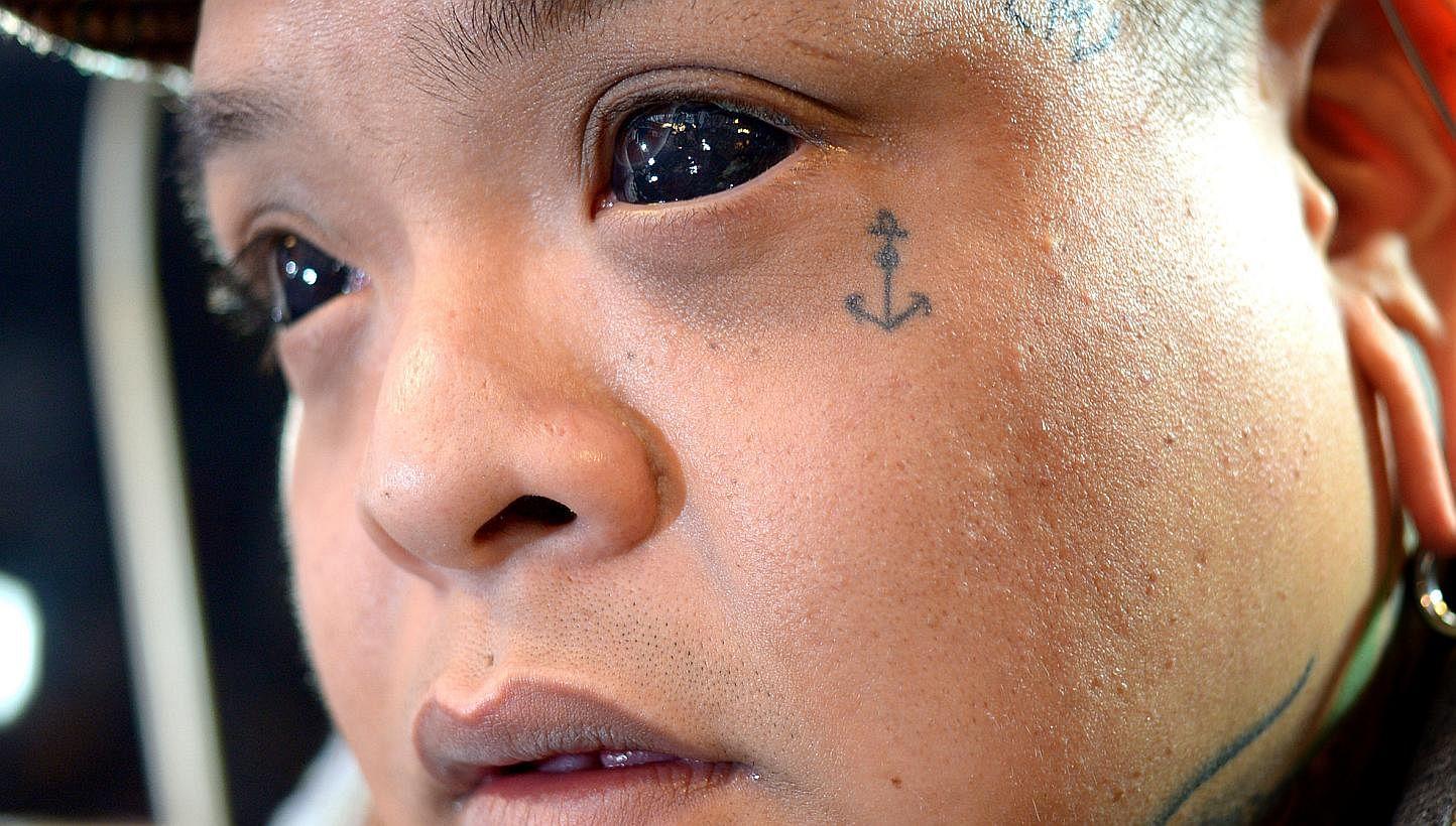 Татуировка на глаза фото