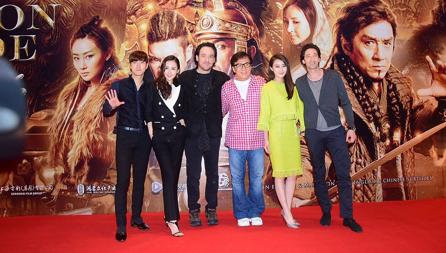 jackie chan and his family - photo #27