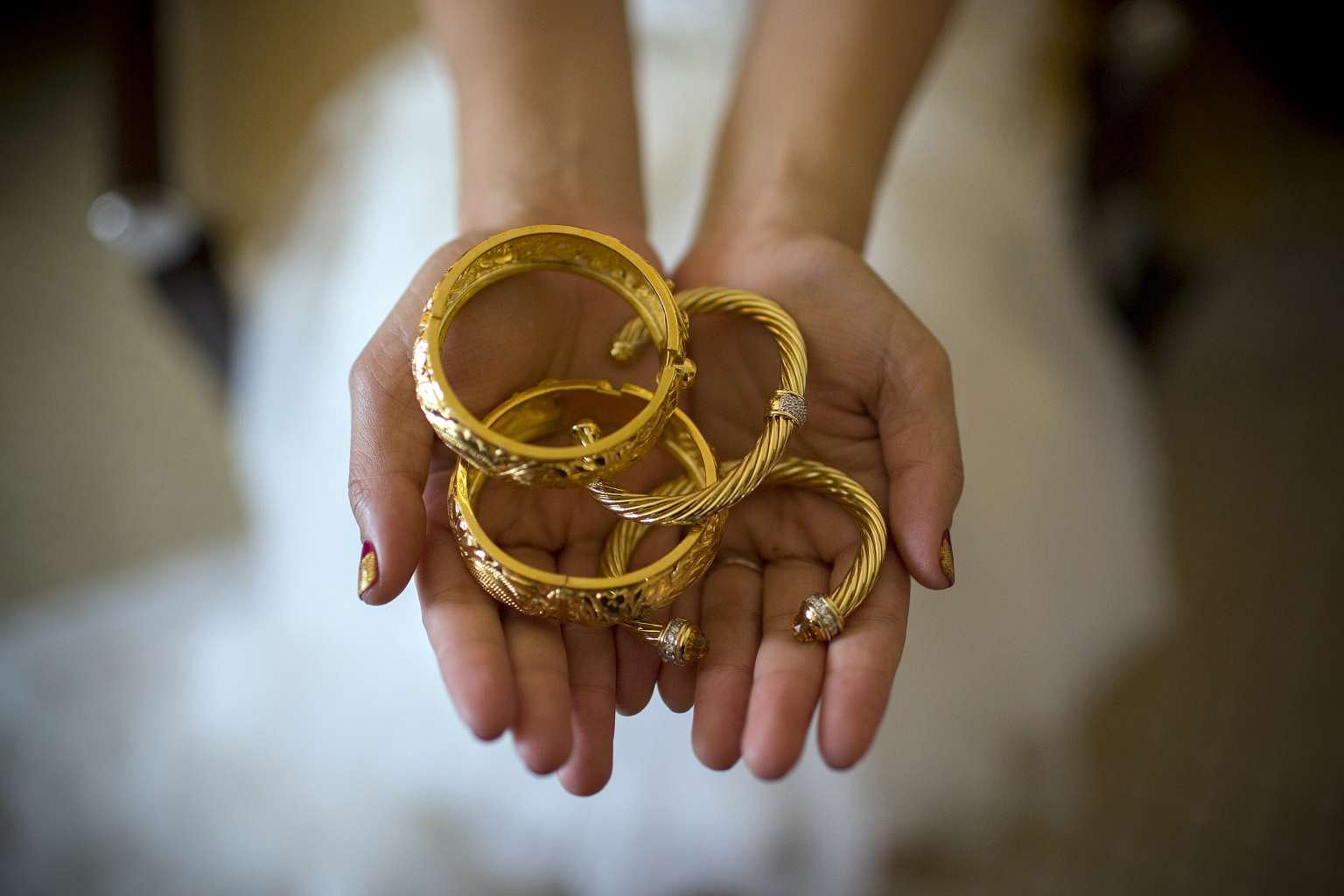Caili Dowry System A Huge Burden For China Men Seeking To Marry