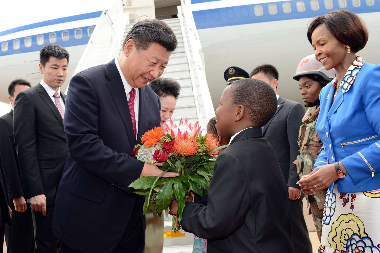 Chinas Xi Arrives In South Africa For Talks With Zuma Trade Summit