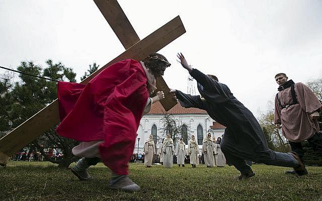 Dw easter Christ 150402