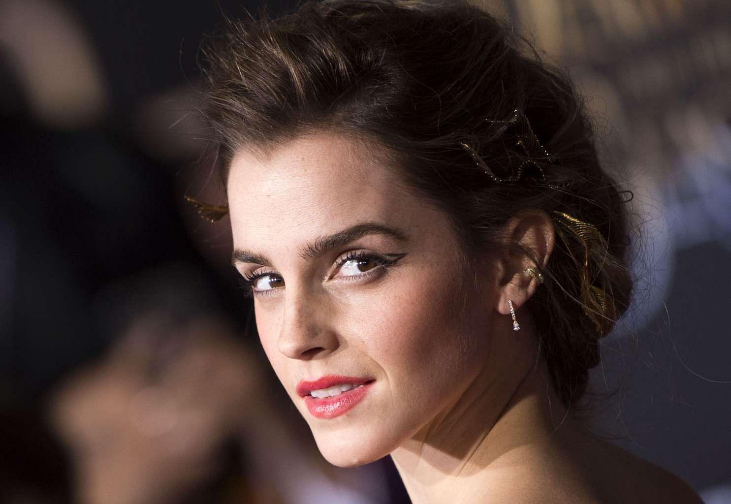ICloud Emma Watson nudes (96 foto and video), Ass, Hot, Feet, butt 2019