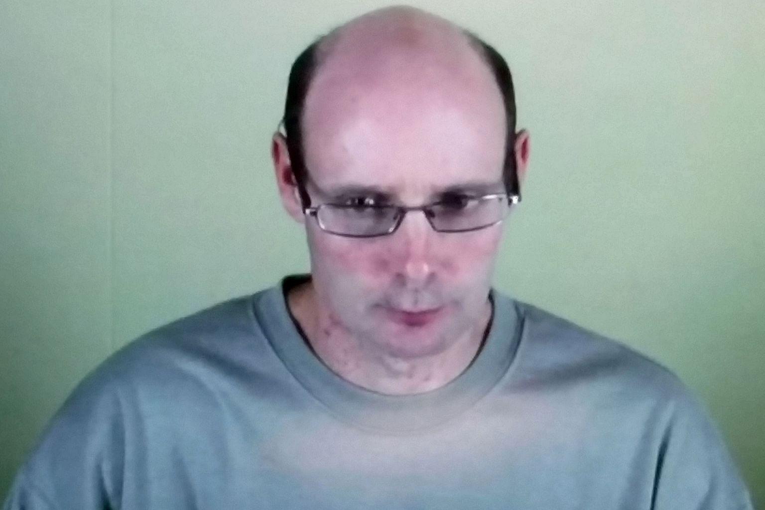NZ killer wins right to wear toupee in jail, World News & Top