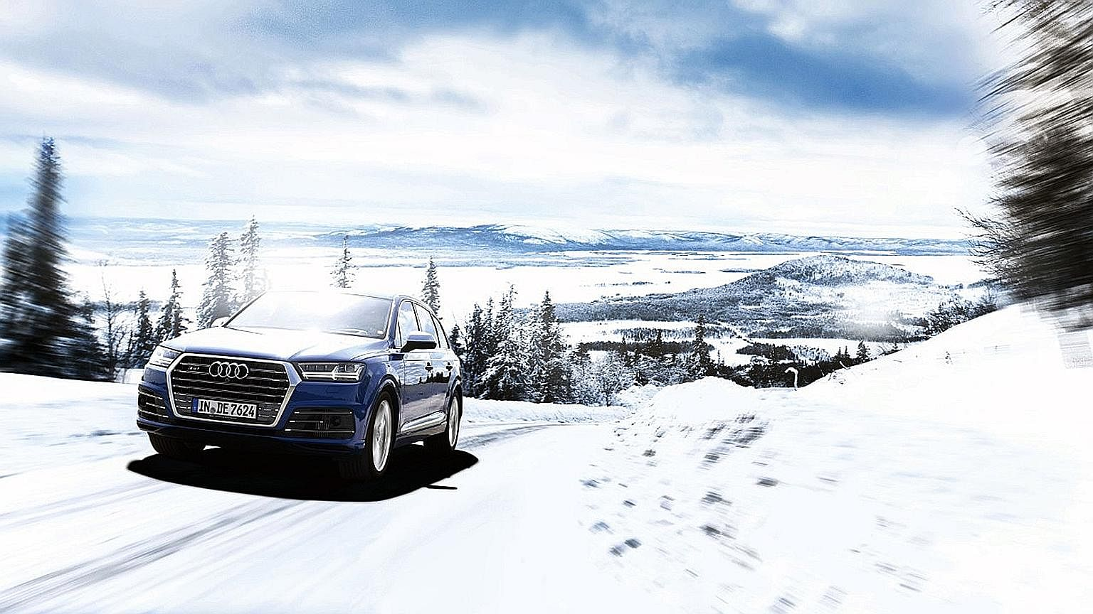 Passengers in the SQ7 are kept safe and snug in terrain ranging from icy tarmac to compacted snow to fresh thick-pile powder.