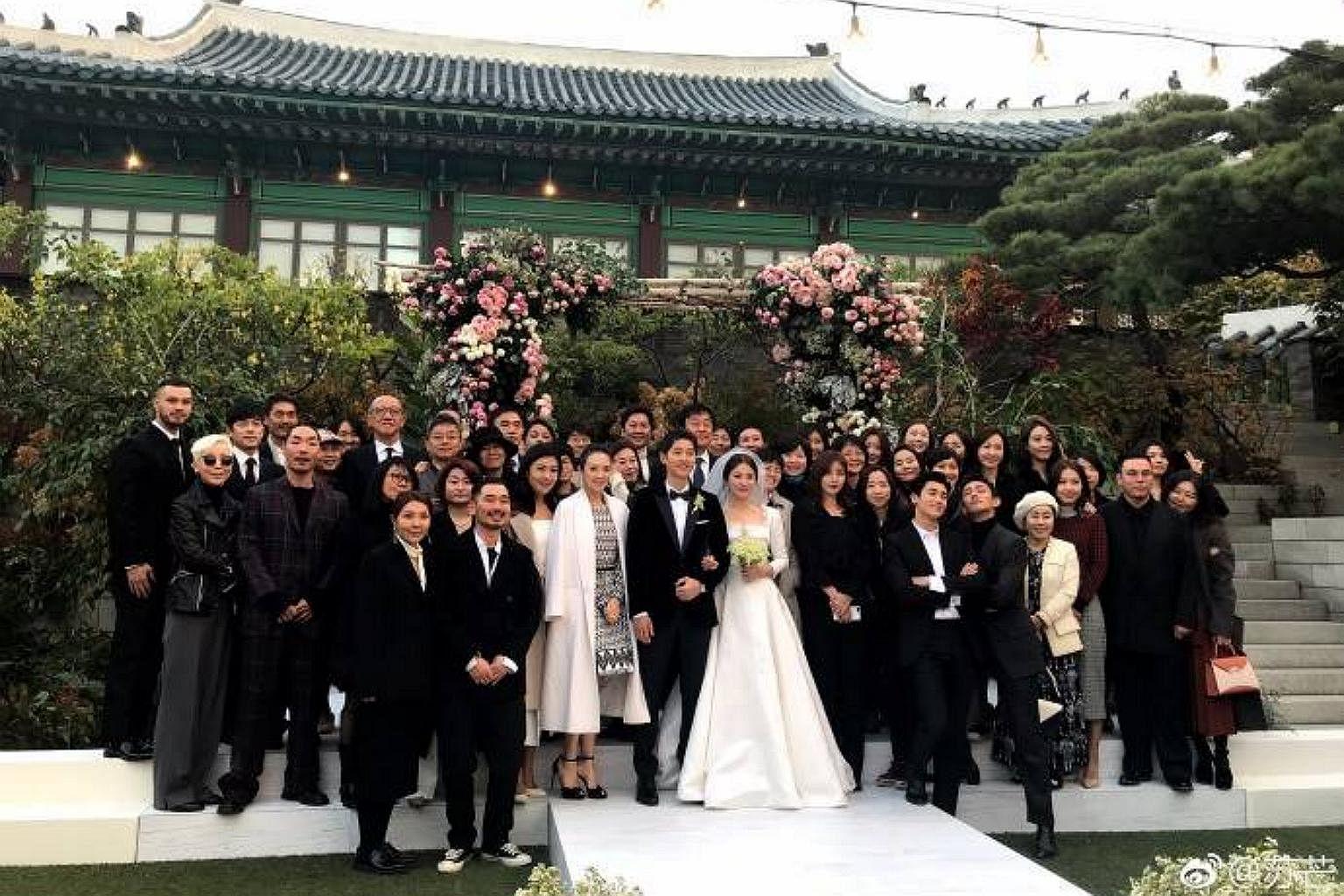 Descendants Of The Sun couple Song Hye Kyo and Song Joong Ki