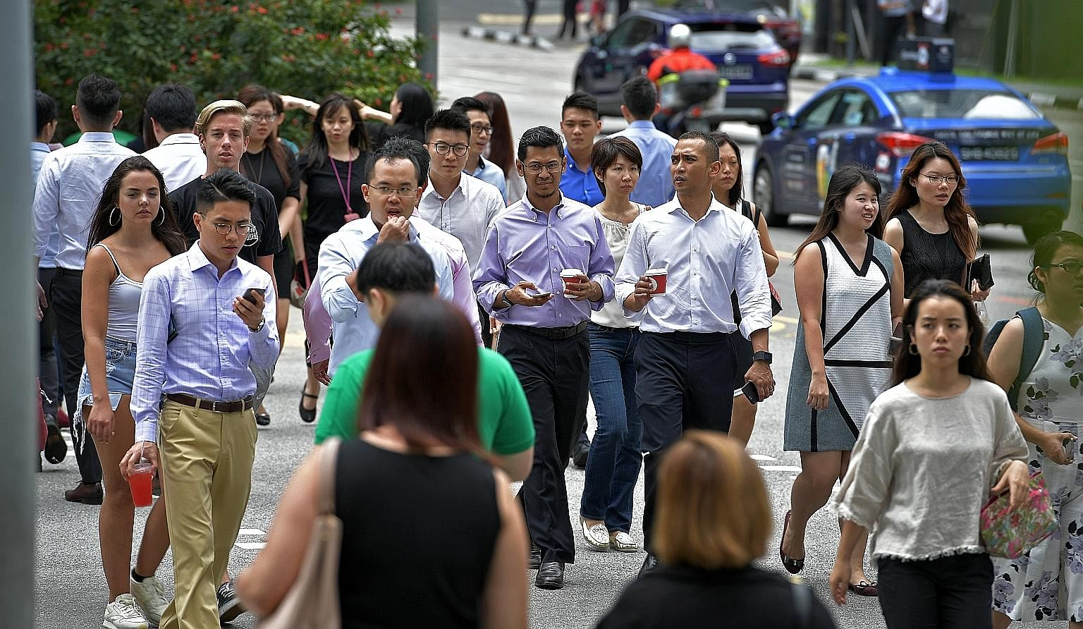 All in, 21,300 more Singaporeans and permanent residents had jobs by the end of last year, compared with a year earlier. This is nearly double the growth in 2016, when local employment grew by 11,200.
