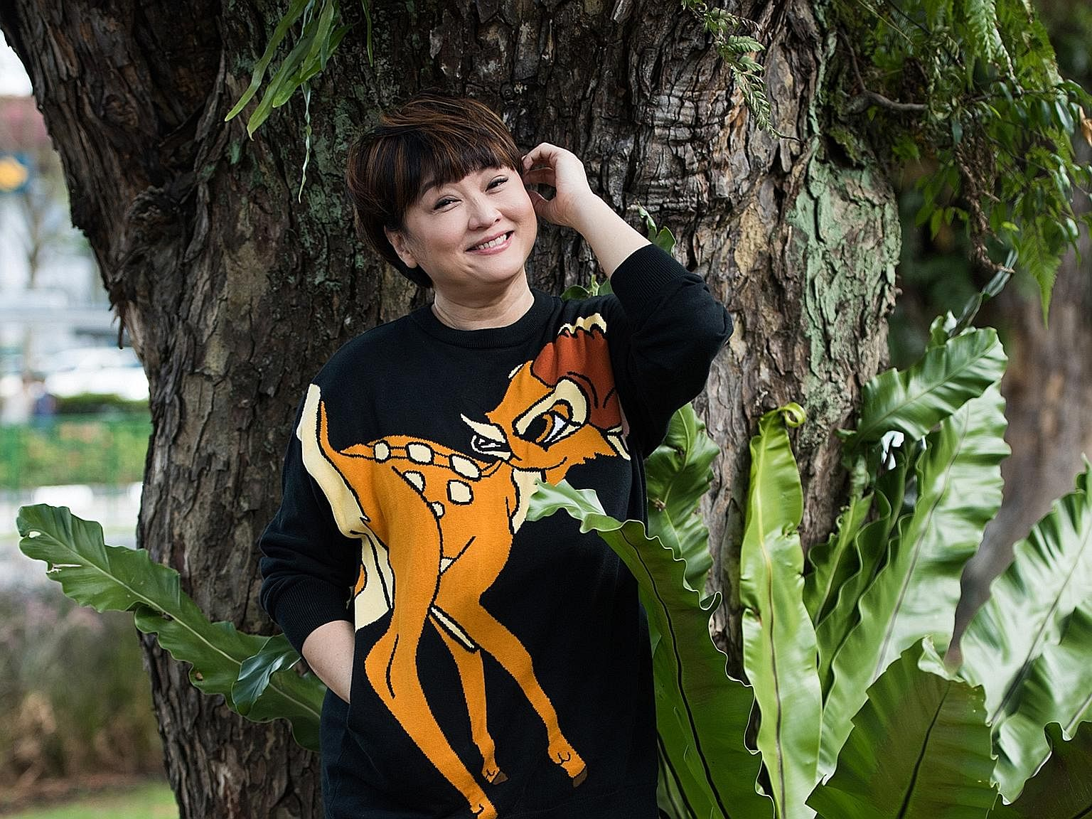 Chen Liping, who received her first acting role in 1985 in Takeover, is filming her 60th drama, Say Cheese.