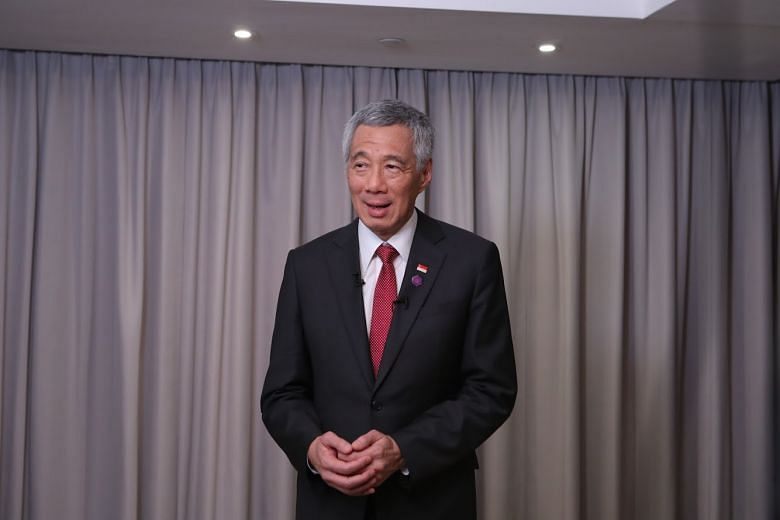 0f4867586d1 PM Lee Hsien Loong at an interview with Singapore media at the end of his  trip to London for the Commonwealth Heads of Government Meeting