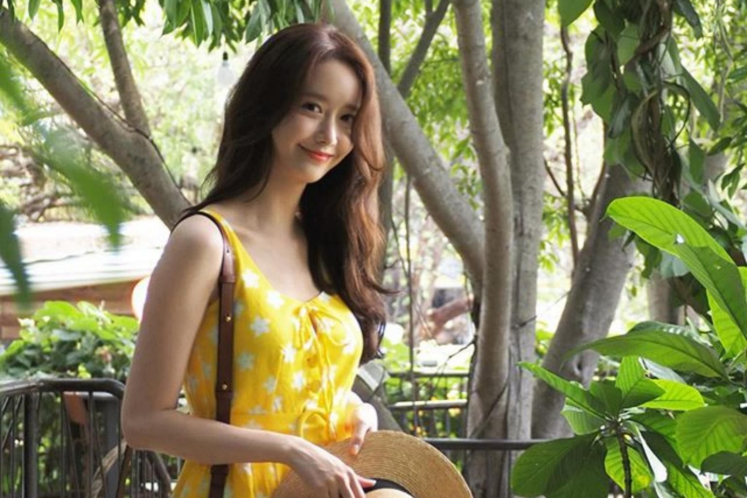 Asia girl in top 10 beautiful Which Asian