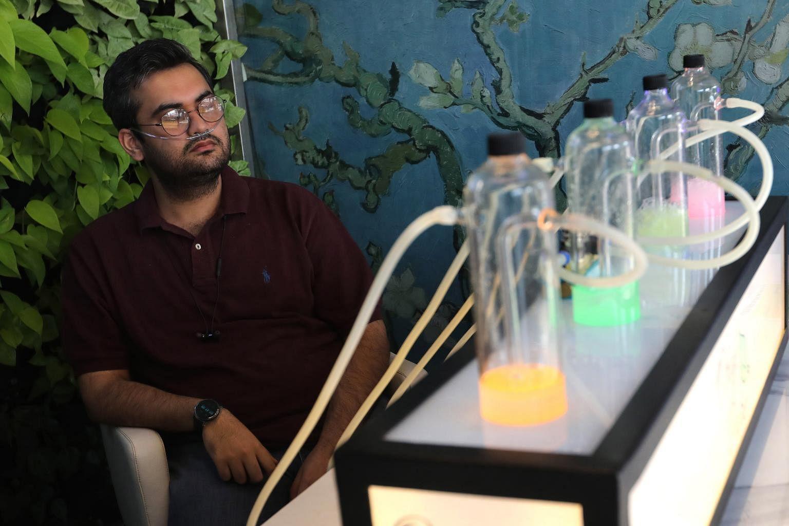 Au milieu des problèmes de pollution, un bar à oxygène vend de l'air pur à la population de Delhi et à l'Asie du Sud rk oxypure2 161119