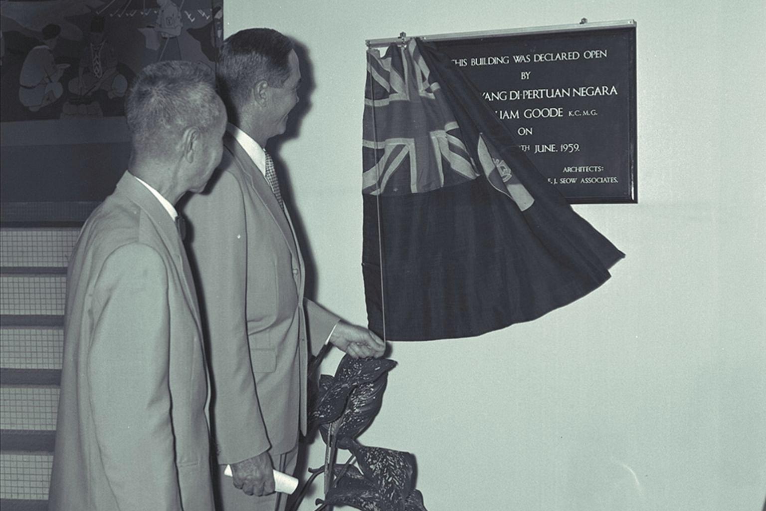 Then Yang di-Pertuan Negara and Chief Scout of Singapore Sir William Goode (right).