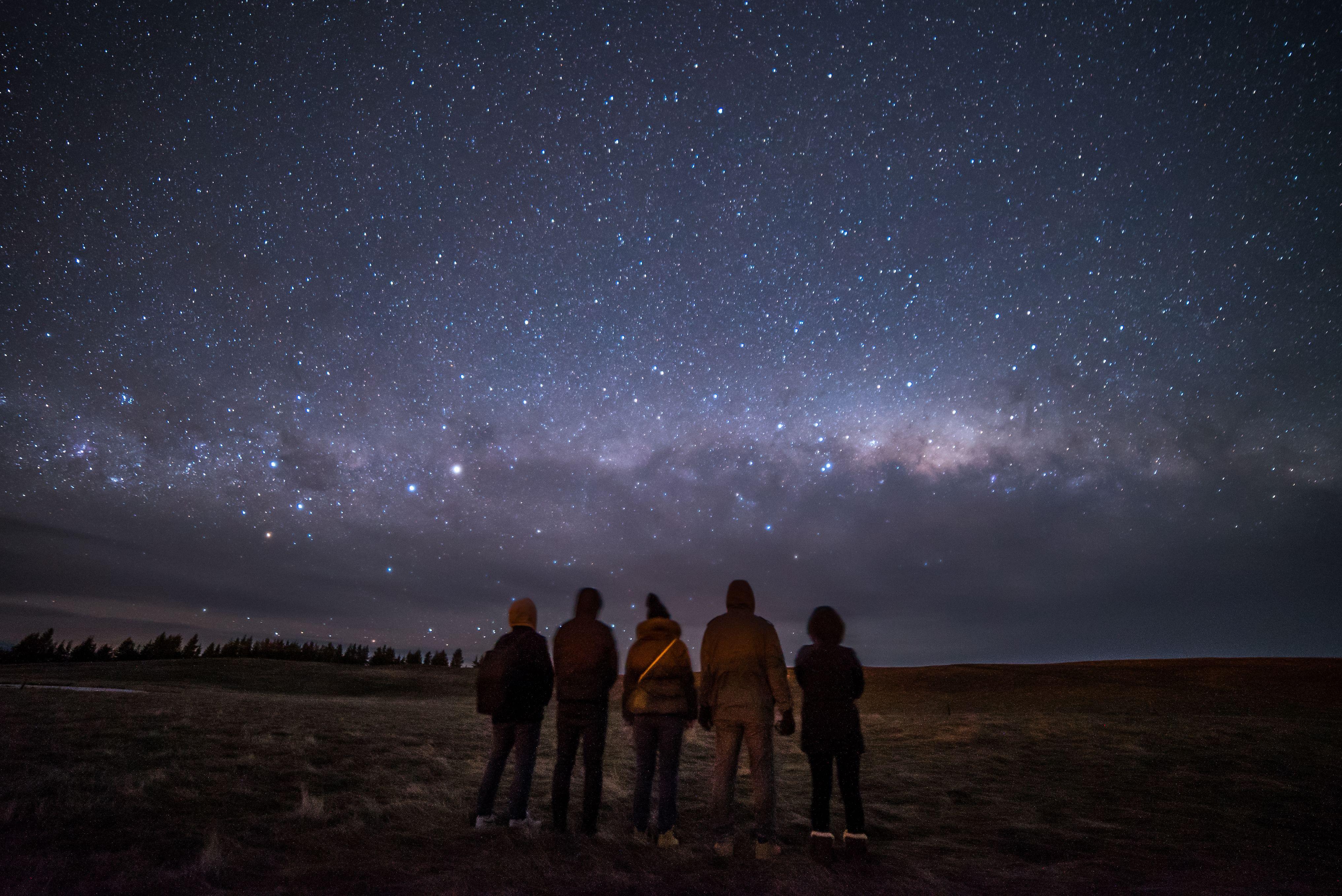 shooting the stars in new zealand s aoraki mackenzie dark sky