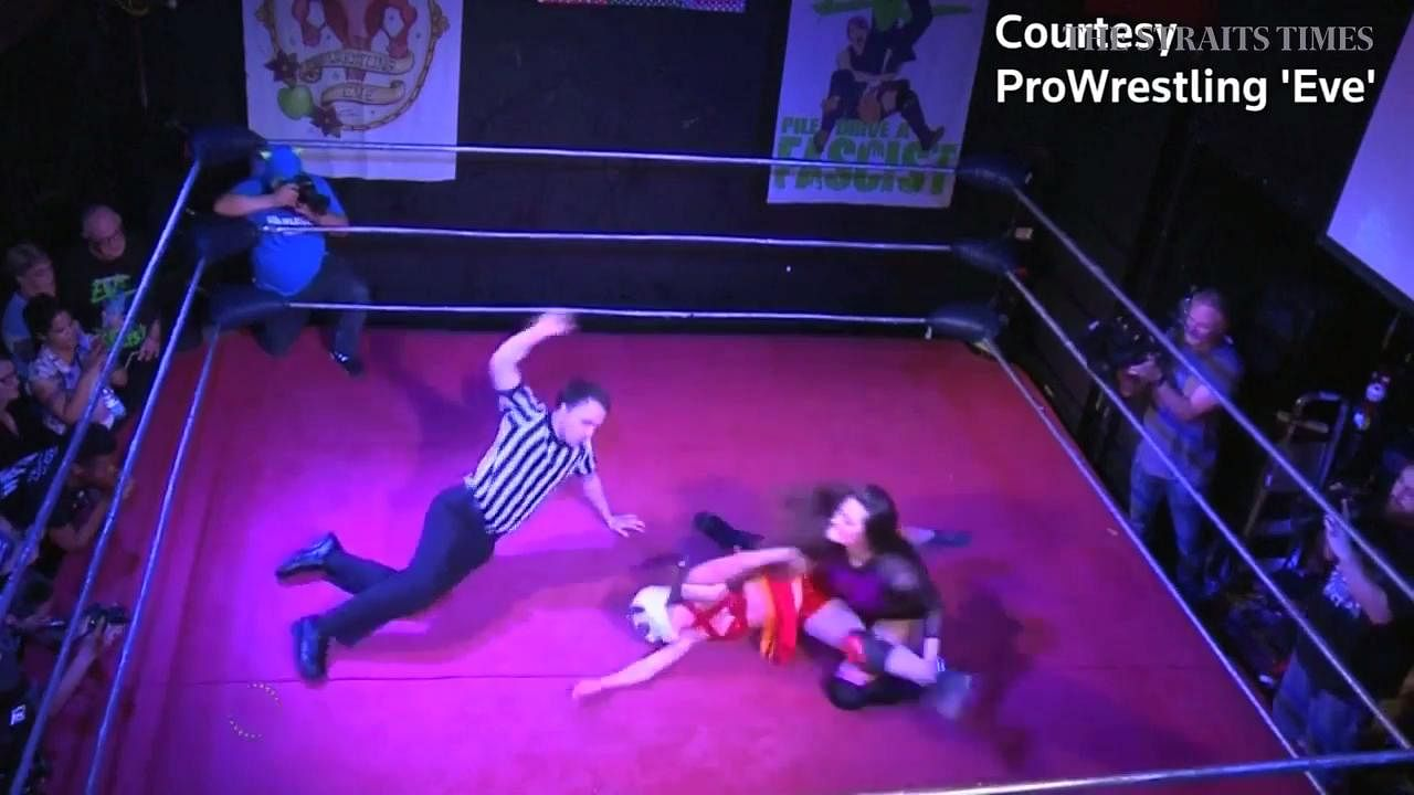Hit Netflix series Glow sparks interest in women's wrestling event