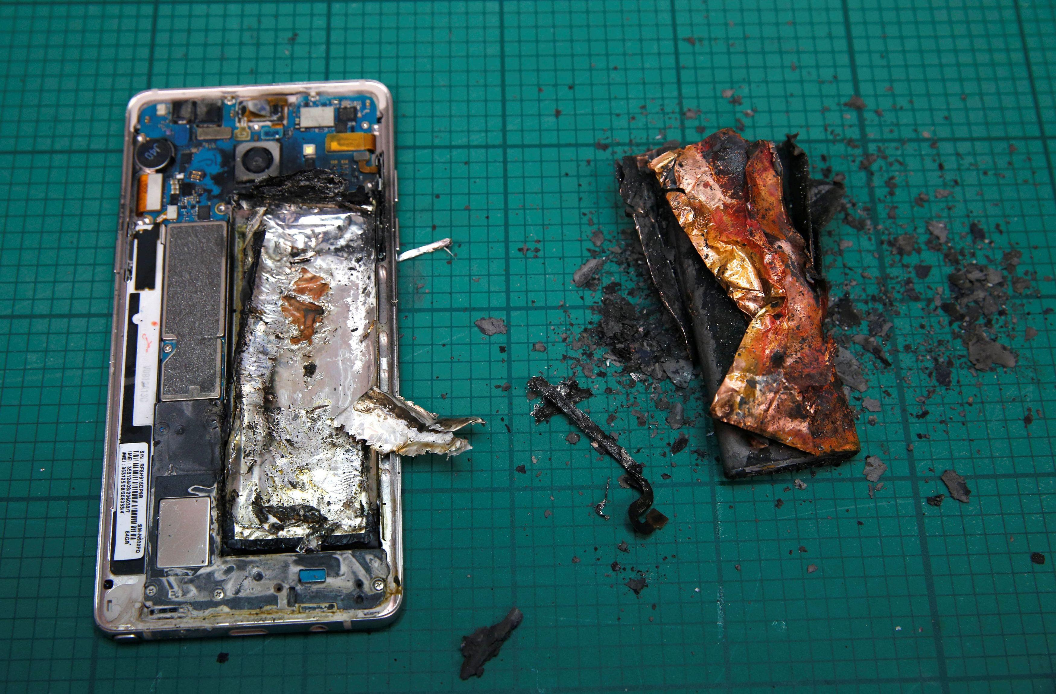 SIA, Jetstar, Qantas ban Galaxy Note 7 from flights